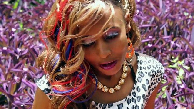 Carola Jayne - Mr Left - Official Music Video