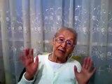 Abuelita mexicana enojada con los Politicos de Mexico