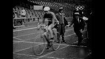 Catching the cycling train - Armand Blanchonnet - Cycling Road Race - Paris 1924