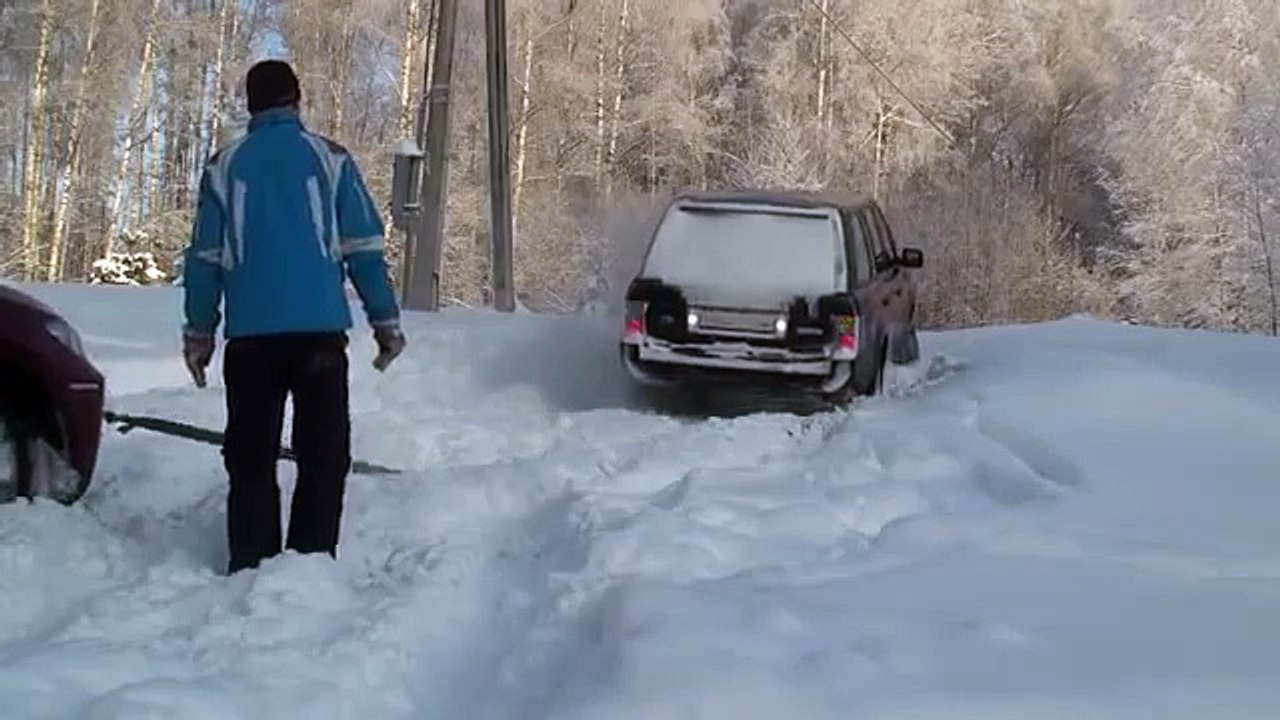 OFF ROAD BMW X6 vs Range Rover vs Toyota Land Cruiser Prado on snow(Top  Gear the selling liar) (3)