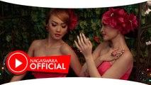 Duo Anggrek - Pacar Salah Sambung - Official Music Video - NAGASWARA