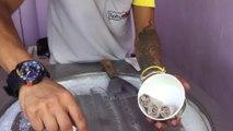 Glace fait en direct à la main : Ice Cream Rolls  Cookies, Brownie & Vanille - Thaïlande, Phi Phi Island
