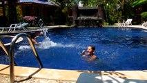Lanta new beach bungalows Les enfants piscine Koh Lanta mars 13