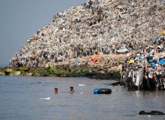 Pollution: à la poursuite du «septième continent»de plastique