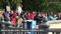 Marsch für das Leben / March for Life in Berlin 2010: 1000 Kreuze für das Leben