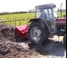 Dung Spreader Muck Spreader In Action