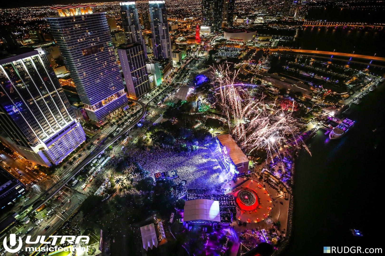 Martin Garrix @ Ultra Music Festival Miami (2015)
