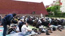 Noisy-le-Grand : privés de lieu de culte, les musulmans prient dehors