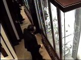 Surveillance Vid: Thieves Snag $900,000 Diamond Bracelet