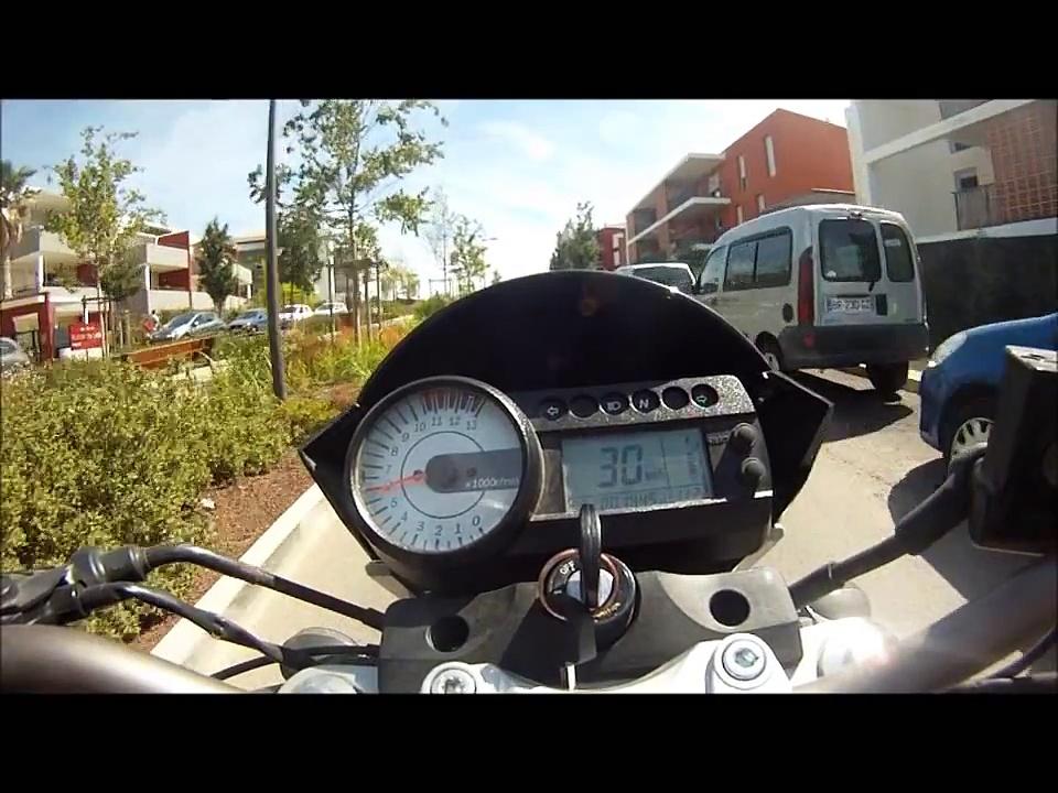 essai 125 hyosung 2012