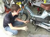 How to Fix a Moped : How to Remove Moped Spark Plugs