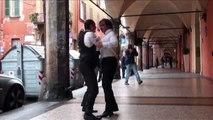 LA POLKA CHINATA SOTTO I PORTICI: SUCCEDE SOLO A BOLOGNA!