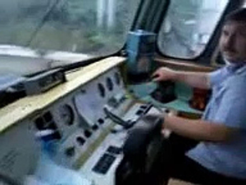 Как надо водить поезда.
