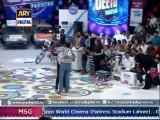 The guests from Lahore won Q-Mobile car - Jeeto Pakistan 7th June 2015