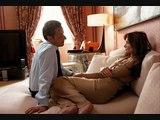 """Nicolas Sarkozy et Carla Bruni S. écoutent la chanson """"Je te love"""" d' Arno feat. Tangé"""
