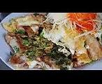 Bot Chien (Bột Chiên) - Vietnamese Street Food in Saigon
