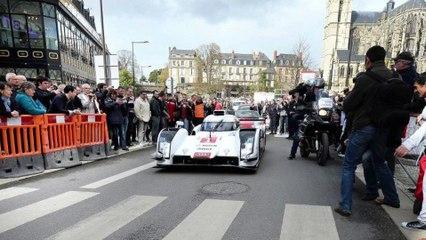 24 Heures du Mans 2015. Tom Kristensen remercie la police
