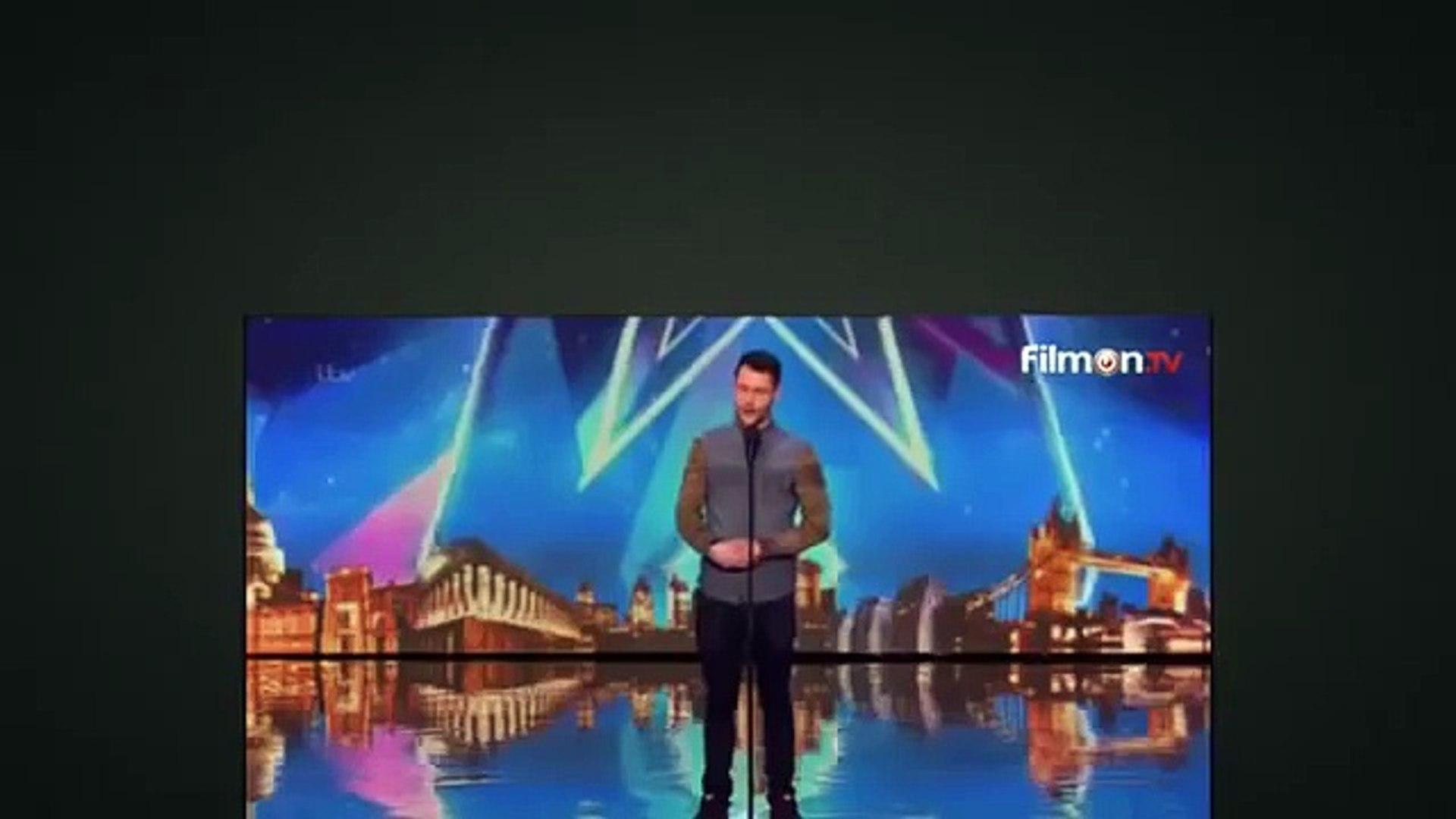 Britain's Got Talent - Calum Scott Amazing Golden BUZZER (Plus Reactions) 11 April 2015
