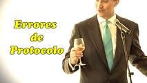 Errores de Protocolo | Brindis Honorificentes Príncipe de Asturias se queda solo en brindis al sol