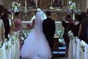 Quand le gars le plus bizarre interrompt une cérémonie de mariage : dingue!