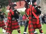 Culross Royal Marine band /Pipes of highland regiment