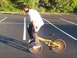 Freddy Brown-just a little BMX flatland (beginner flatland) 2007