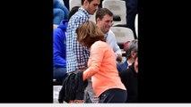 Amélie Mauresmo enceinte affiche son baby bump à Roland Garros