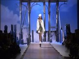 Défilé Dior : vidéo Dior - Défilé Dior Printemps-Eté 2011