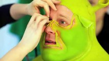 Backstage at Shrek The Musical: Dean Chisnall becomes Shrek!