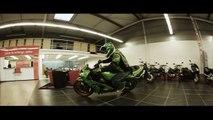 Drift & Stunt   Moto Kidnap!