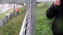 Crash 4 Einschläge am Hatzenbach 4 Crashs am 7 VLN Lauf am 27.8.2011