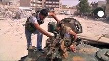 Los rebeldes sirios resisten las bombas en Alepo