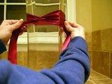 Tying the Knot: Tutorial on Tying Ribbon Around Centerpiece Vases