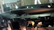 W220 Door lock actuator upper cap for removal and