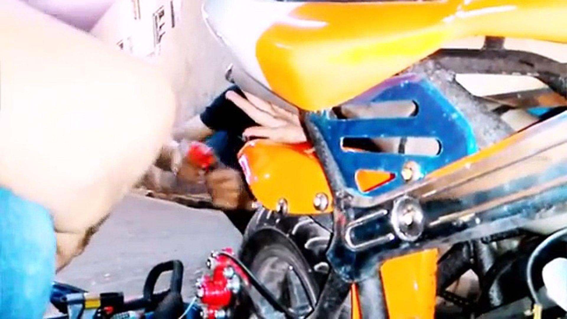 Motor Gp Ducatay Vs Trail Klewang At Menteng Video Dailymotion