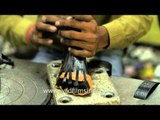How artificial limbs are manufactured in India