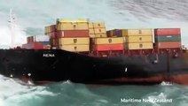 """Rena"" New Zealand cargo ship Rena splits in two"