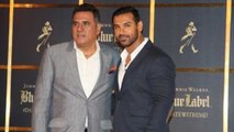 John Abraham & Boman Irani @ 'Date With Dad' with Johnnie Walker Blue Label