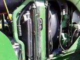 Czas: Żniwa 2010 Akcja: Belowanie słomy John Deere 6330 z prasą rolująca John Deere 582 Cz.1