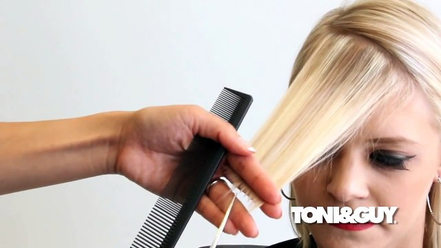 Video Dạy Cắt Tóc - How to Cut an Asymmetrical Fringe