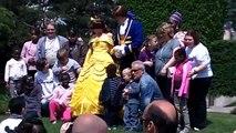 Grégory Questel et les comédiens de PBLV ELA à Disneyland Paris mercredi 6 juin 2012.mp4