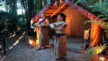Maori Poi Lesson at Tamaki