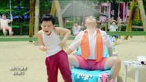 PSY, MC HAMMER AMERICAN MUSIC AWARDS MOMENT COURTESTY OF BIEBER BRAUN