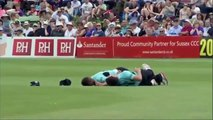 T20 Blast 2015 _ Rory Burns and Moises Henriques in horrific clash as both go for catch _NPMAKE.COM