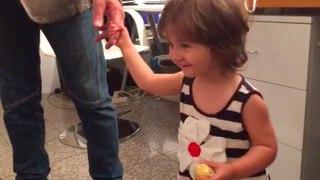 La mia piccola nipotina acquisita Maria nel mio camerino!!
