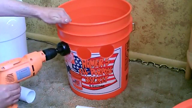 "Homemade Air Conditioner DIY – The ""5 Gallon Bucket"" Air Cooler! DIY- can be solar powered!"