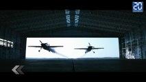 Deux avions traversent un hangar côte à côte. -  Le Rewind du Lundi 22 Juin 2015