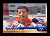 3 detenidos por enfrentamientos en exteriores del Colegio Mejía