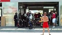 Relais et changement de roue arrrière Team ZS, 6h de Nogaro 2010