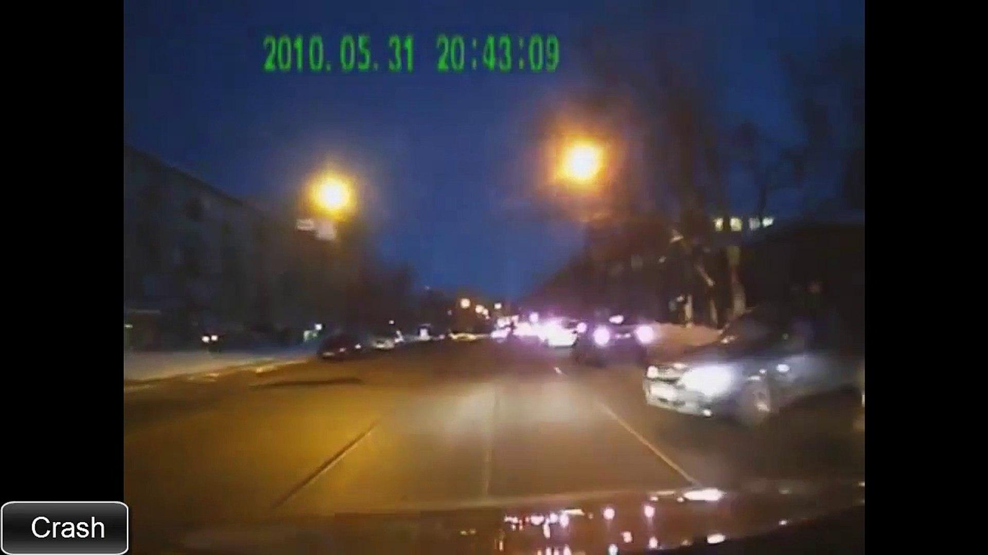 Аварии на дорогах видео 2015 смотреть бесплатно. Часть 4
